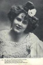 wom001081 - Woman Postcard Postcards