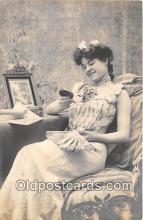wom001162 - Postcard Post Card