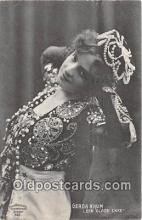 wom001272 - Gerda Krum Den Glade Enke Postcard Post Card