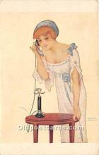 xrt096118 - Artist Raphael Kirchner Old Vintage Postcard